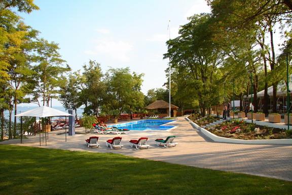 Летний сальса-клуб Otrada Beach Club