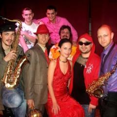 Сообщество Сальсатеки и Salsa Brava на «В Контакте», фотографии сальсерос на Flickr