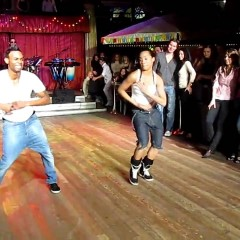 Видео: Salsa Casino Show by Yoandy Villaurrutia & Diana Rodriguez